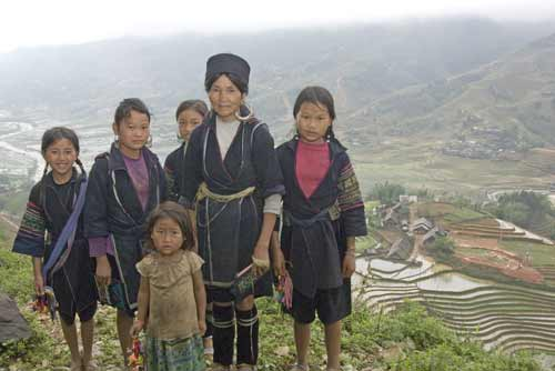 hmong youngsters-AsiaPhotoStock