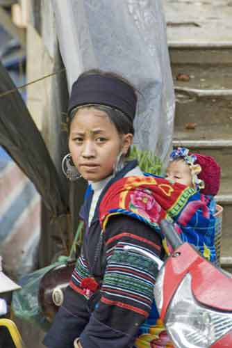 hmong mother-AsiaPhotoStock