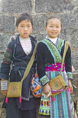hmong children sapa-AsiaPhotoStock