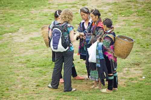 hmong selling to tourist-AsiaPhotoStock