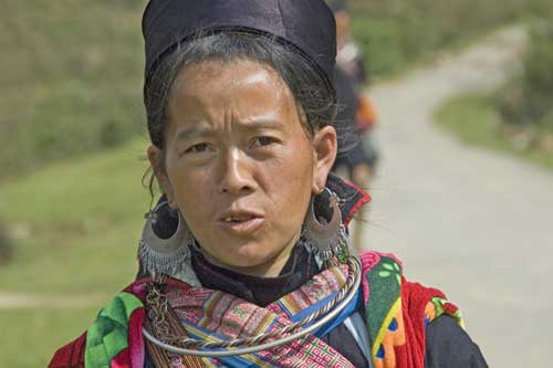 hmong lady sin chai-AsiaPhotoStock