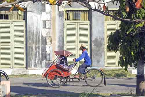 becak taxi-AsiaPhotoStock