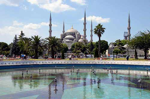 blue mosque-AsiaPhotoStock