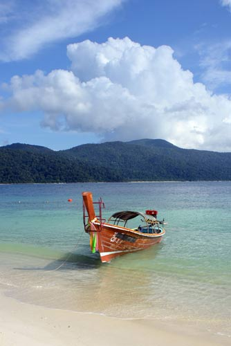 boating at koh rawi-AsiaPhotoStock
