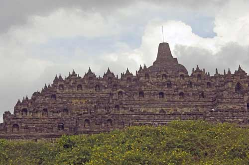 borobudur full shot-AsiaPhotoStock