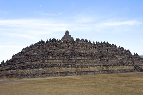 temple of borobudur-AsiaPhotoStock