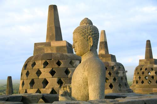 borobudur top level-AsiaPhotoStock