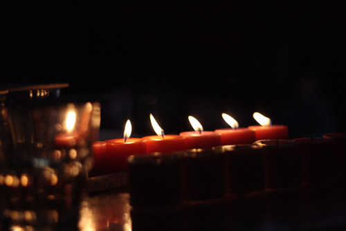 candles-AsiaPhotoStock