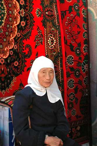 china muslim lady-AsiaPhotoStock
