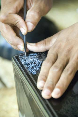 carving lacquer-AsiaPhotoStock