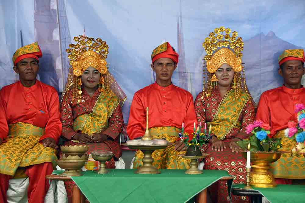 ceremony lingga-AsiaPhotoStock