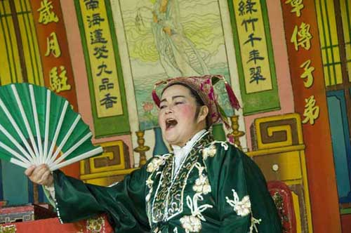 chinese opera singer-AsiaPhotoStock