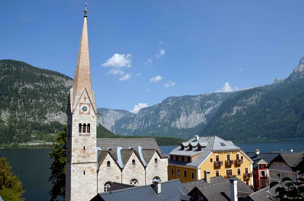 church halstatt-AsiaPhotoStock