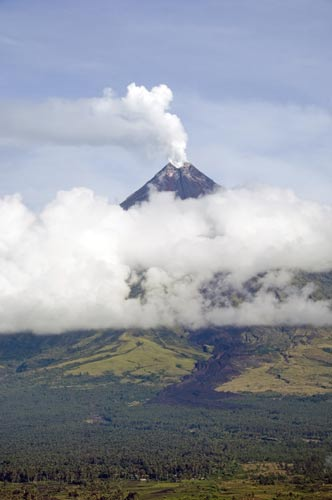 cloudy mount mayon-AsiaPhotoStock
