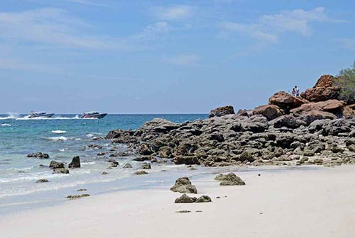 coral island-AsiaPhotoStock