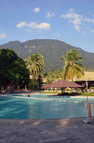 damai pool-AsiaPhotoStock
