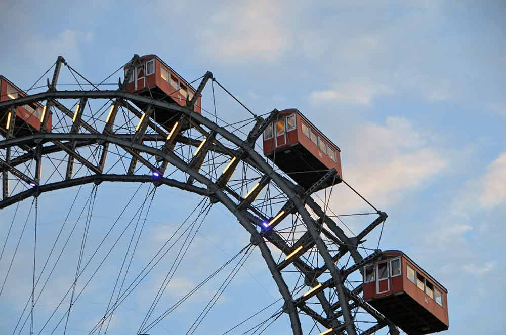 ferris wheel-AsiaPhotoStock