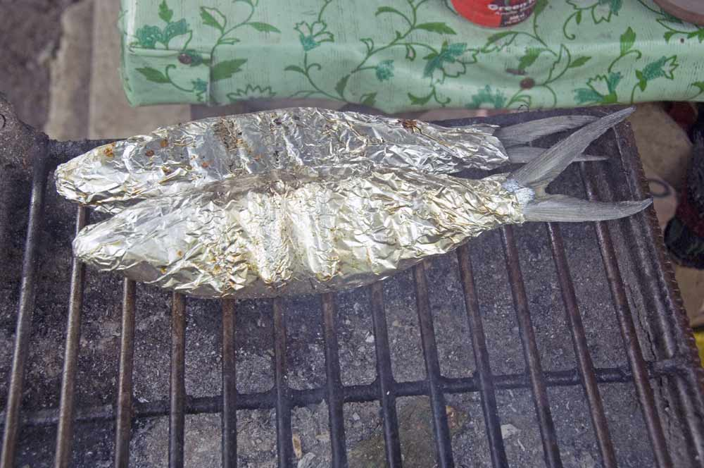 Asiaphotostock grilled fish in foil for Grill fish in foil