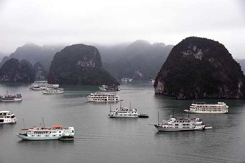 halong bay-AsiaPhotoStock