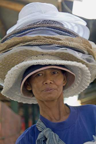 hat sales-AsiaPhotoStock