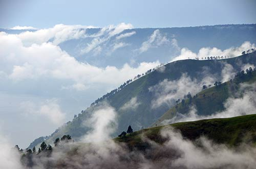 hills cloud-AsiaPhotoStock