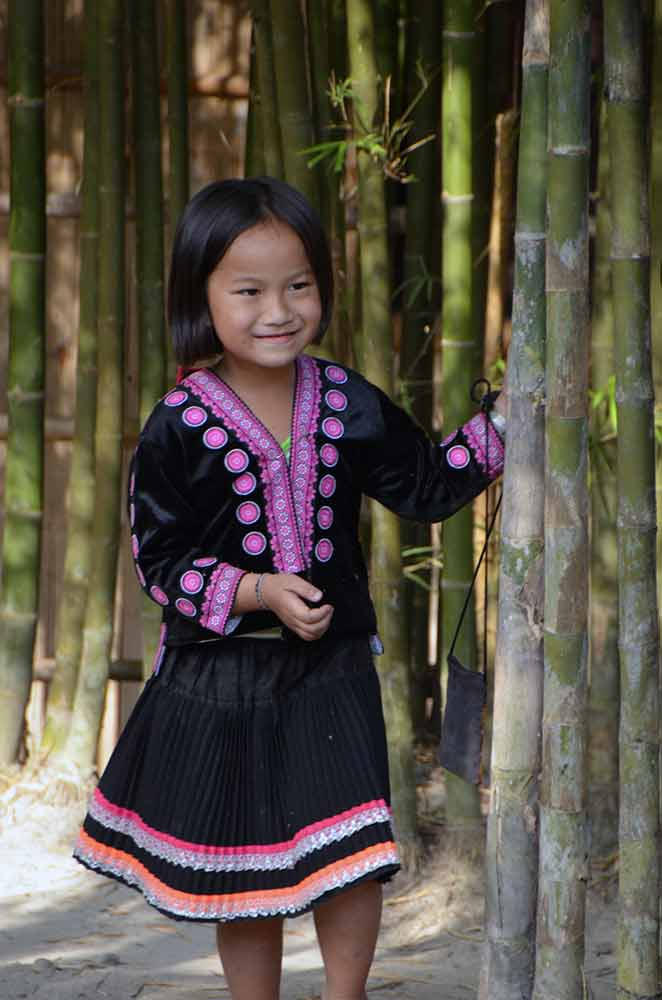 hmong girl playing-AsiaPhotoStock