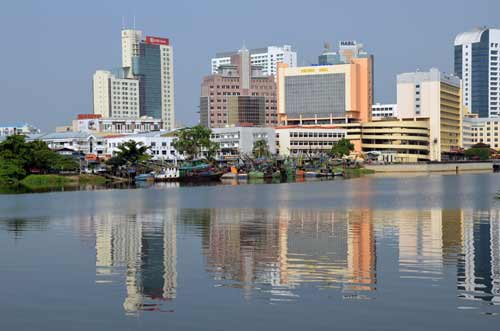 kuching skyline-AsiaPhotoStock