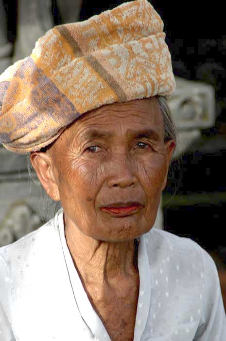 balinese old lady-AsiaPhotoStock