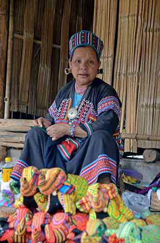 lahu tribe-AsiaPhotoStock
