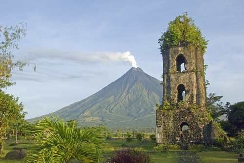 mayon and cagsawa-AsiaPhotoStock