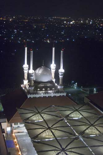 mosque at night-AsiaPhotoStock