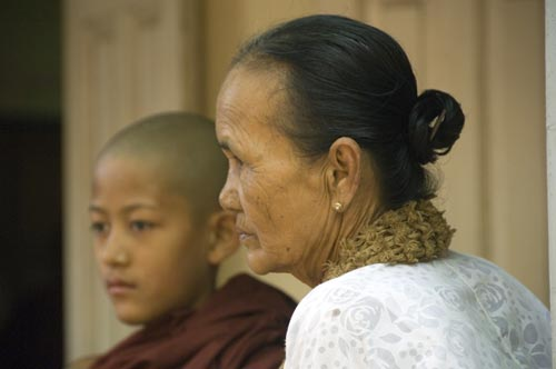 mother and monk-AsiaPhotoStock