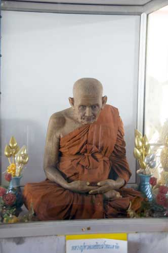 mummied monk lamai-AsiaPhotoStock