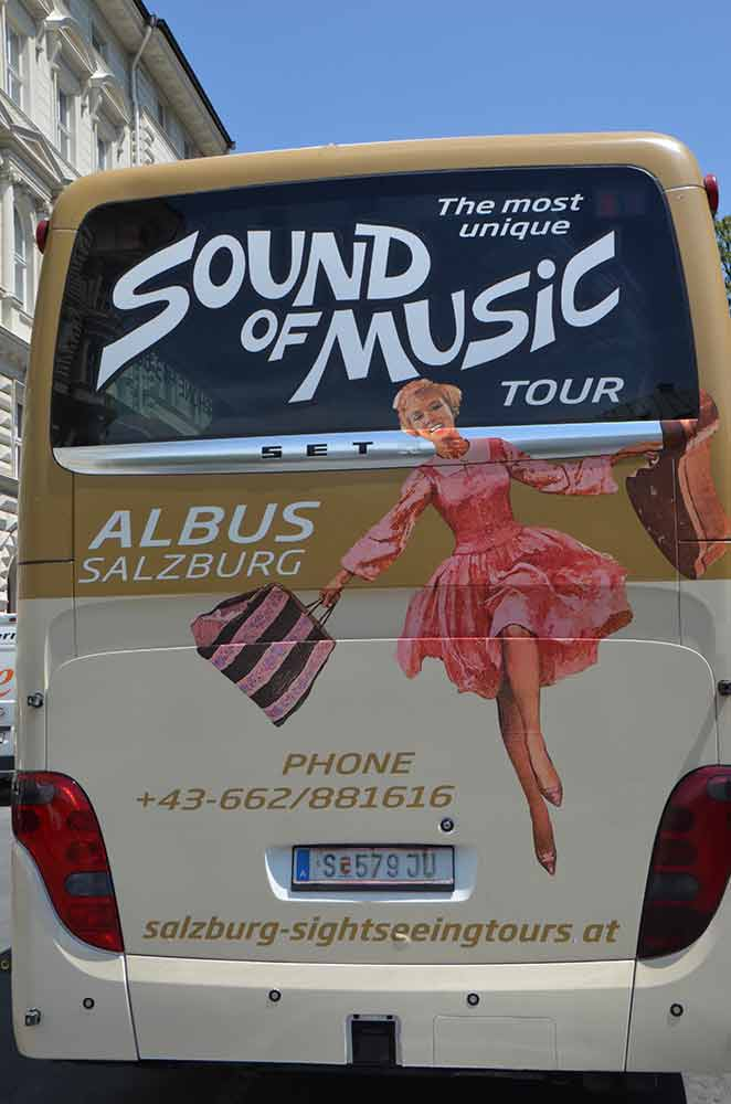 music bus-AsiaPhotoStock