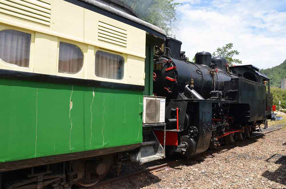 old steam train-AsiaPhotoStock