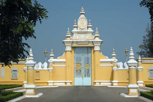 royal palace gates-AsiaPhotoStock