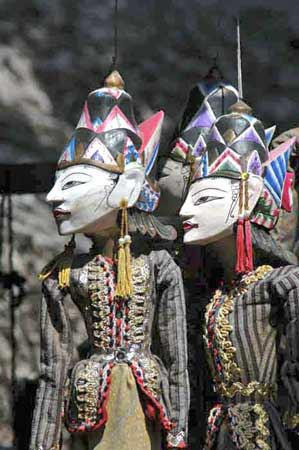 balinese puppetry-AsiaPhotoStock