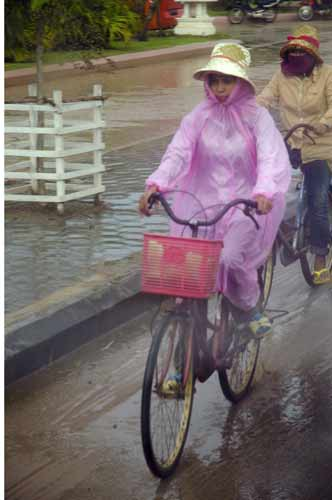 rain and bike-AsiaPhotoStock