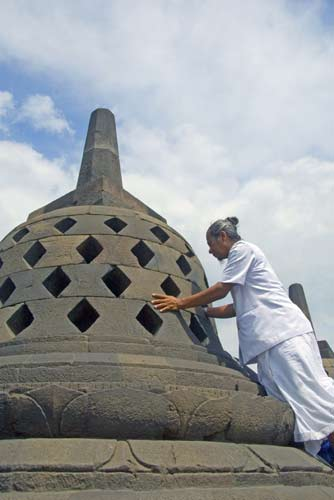 reaching borobudur-AsiaPhotoStock