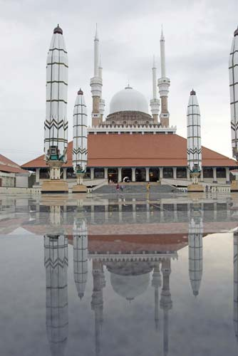 reflection at semarang-AsiaPhotoStock