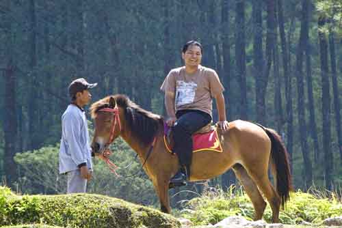 riding at gedung songo-AsiaPhotoStock