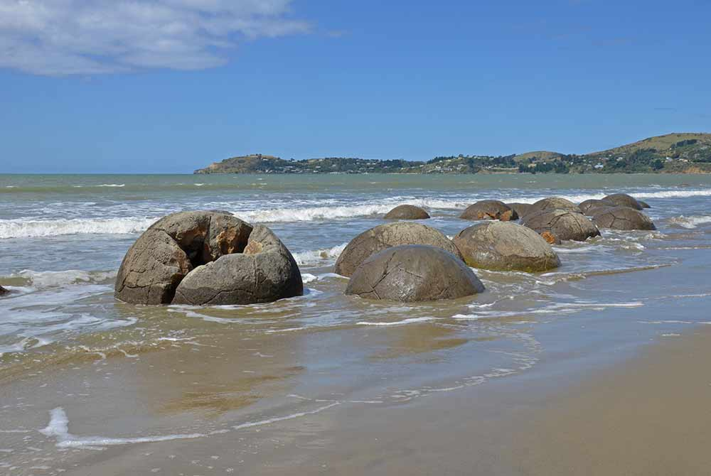 moeraki boulders-asia photo stock