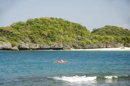 kayak hundred islands-AsiaPhotoStock