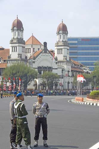 security lawang sewu-AsiaPhotoStock