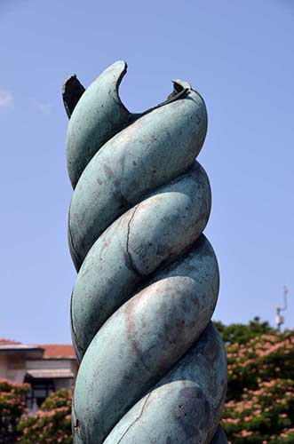 serpents column-AsiaPhotoStock