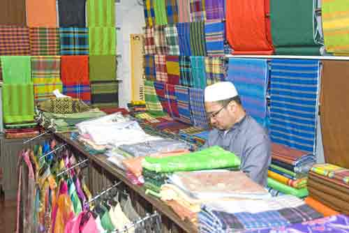 songket shop-AsiaPhotoStock