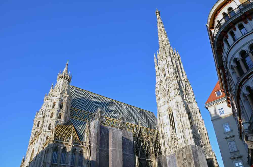 stephansdom church-AsiaPhotoStock