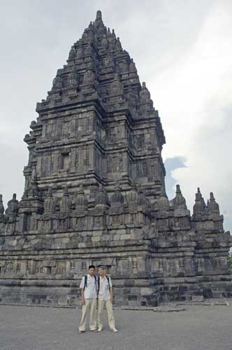 muslims at prambanan-AsiaPhotoStock