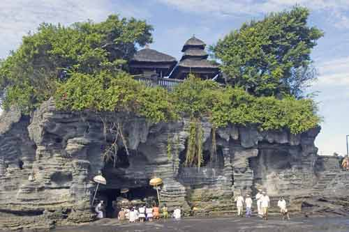 tanah lot island temple-AsiaPhotoStock