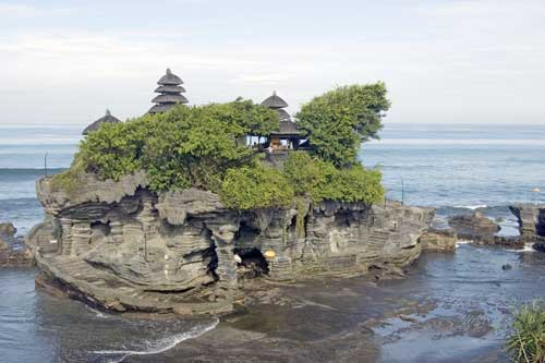 tanah lot sea-AsiaPhotoStock